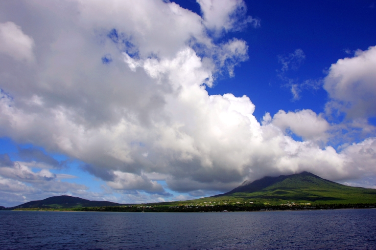 <p>Want to be a citizen of St. Kitts and Nevis islands? For $250,000, you can be.</p>