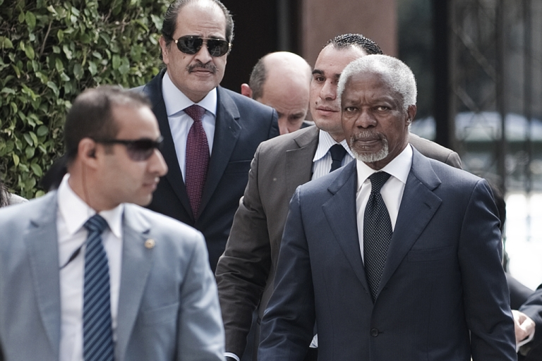 <p>United Nations and Arab League special envoy to Syria Kofi Annan (C) arrives for a meeting with Arab League Secretary General Nabil al-Arabi (R) on March 8, 2012 at the Arab League headquarters in Cairo. Days ahead of his trip to Damascus, the former UN chief urged the Syrian opposition to cooperate to resolve the conflict that has left thousands dead in the past year.</p>