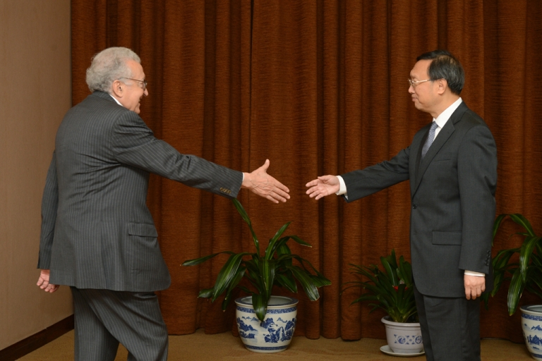 <p>UN-Arab League peace envoy for Syria Lakhdar Brahimi (L) shakes hands with Chinese Foreign Minister Yang Jiechi prior to their meeting at the Ministry of Foreign Affairs on October 31, 2012 in Beijing, China. China proposed its own 4-point peace plan for Syria.</p>