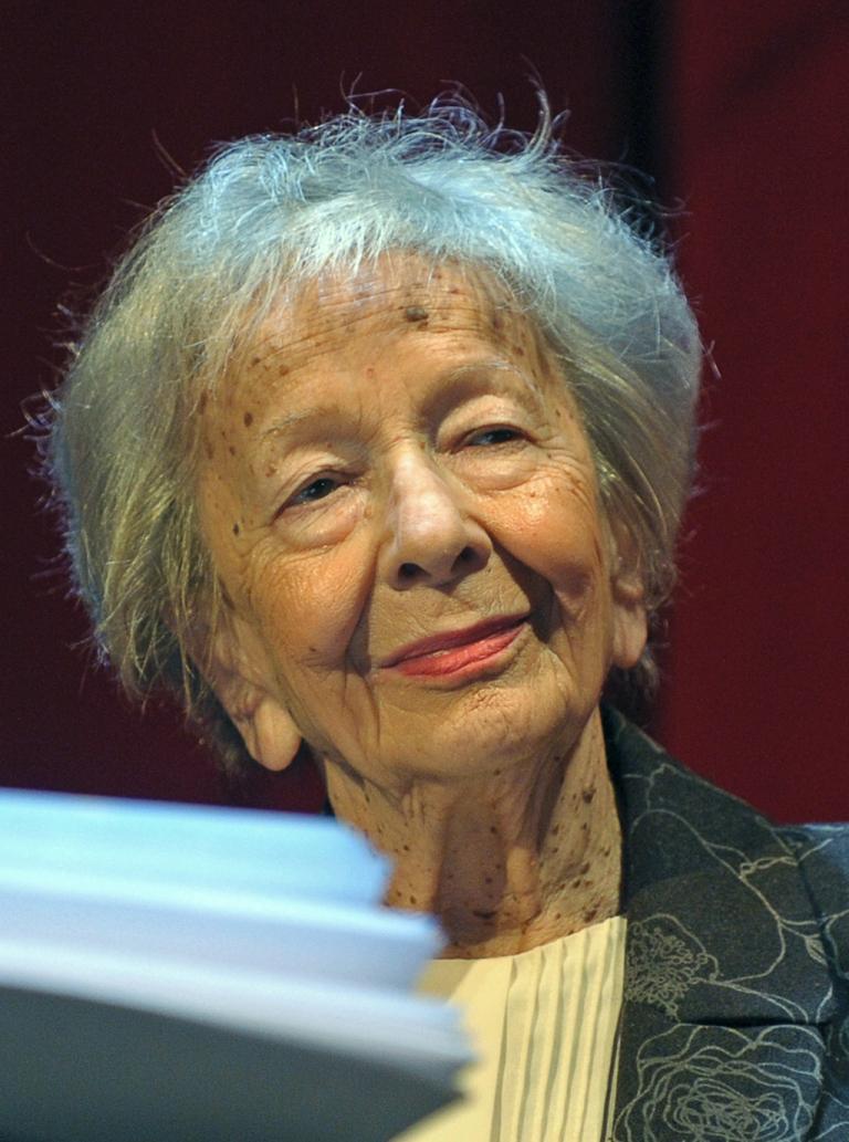<p>Polish poet Wislawa Szymborska, who has died aged 88</p>
