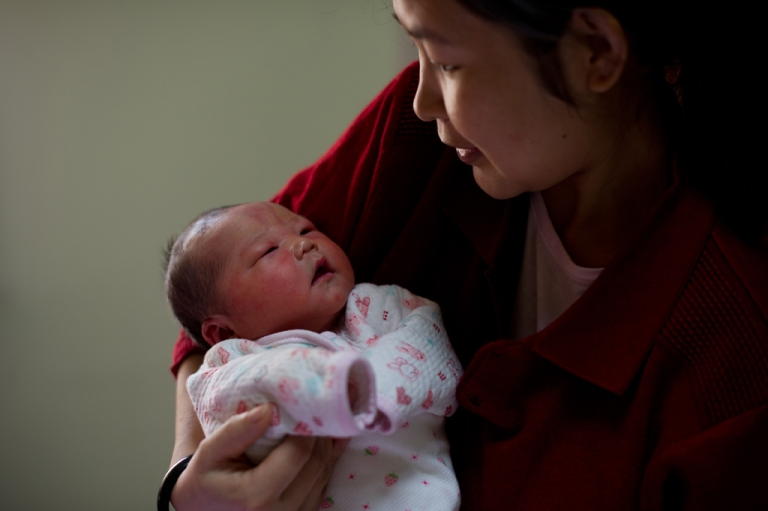 <p>New research suggests colic in babies could be linked to migraine headaches later in life.</p>
