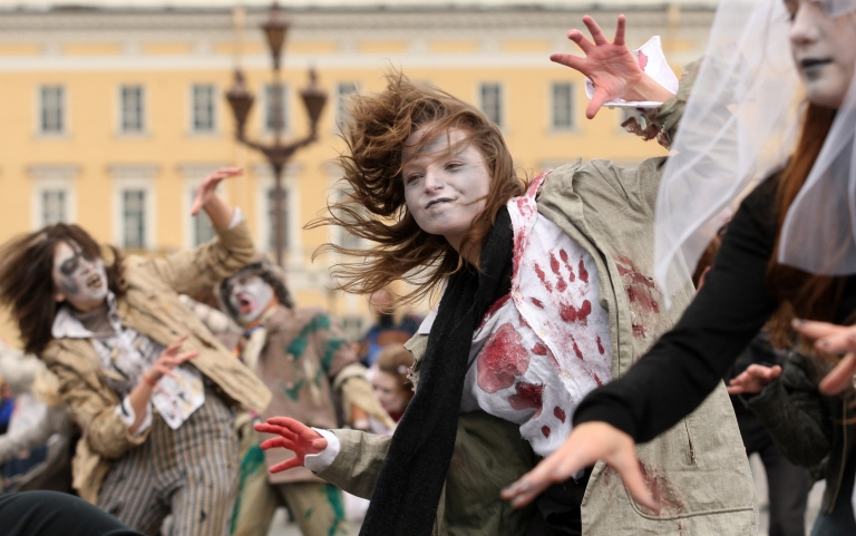 <p>Fans of the late Michael Jackson perform his song 'Thriller' on the Palace square in central St. Petersburg, Russia, on October 23, 2010. Officials are stopping a similar performance in a residential neighborhood in Boca Raton, Fla.</p>