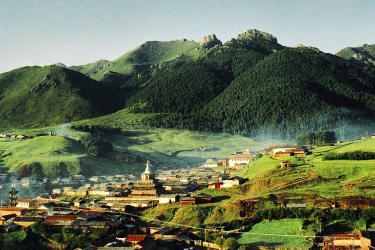 <p>Kirti Monastery. July 2004.</p>