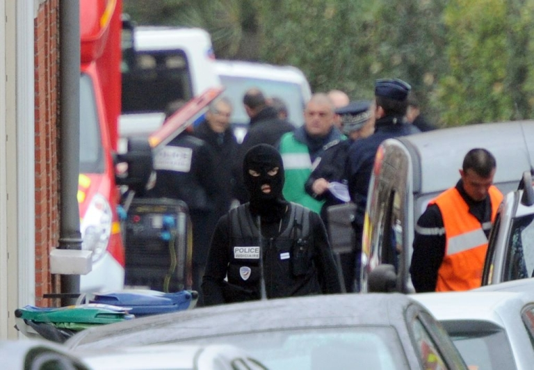 <p>The French special forces unit, RAID, is leading the operation to capture the suspect, Mohammed Merah.</p>