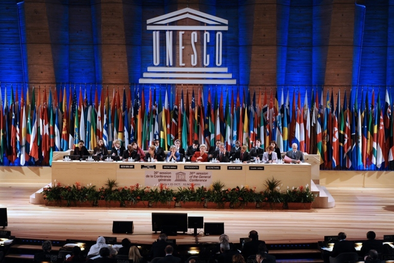 <p>UNESCO members vote for Palestinians to enter as a full member on Oct. 31, 2011 at the headquarters of the organization in Paris.</p>
