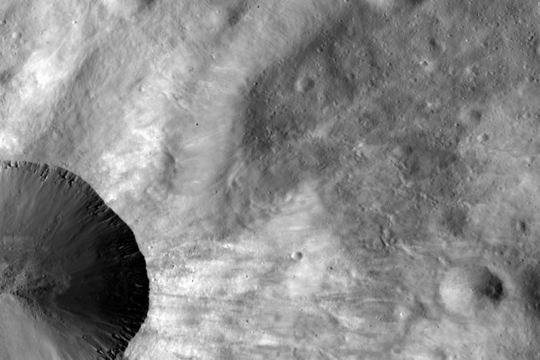 """<p>Vesta, the asteroid so large some consider it a """"proto-planet,"""" is providing scientists with clues to how our own Earth formed, new research released October 31, 2012, suggests.</p>"""