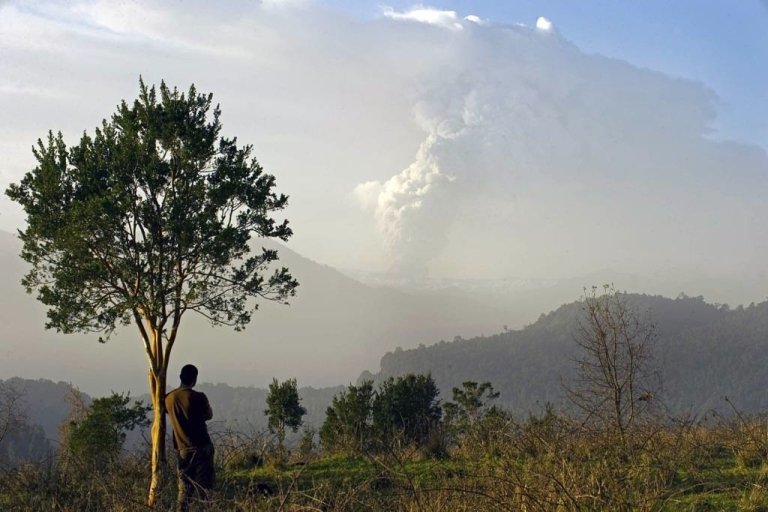 <p>The cloud from the Puyehue volcano, high in Chile's Andes, disrupted travel across South America, Australia and New Zealand for several days following its eruption on June 4, stranding thousands of travelers.</p>