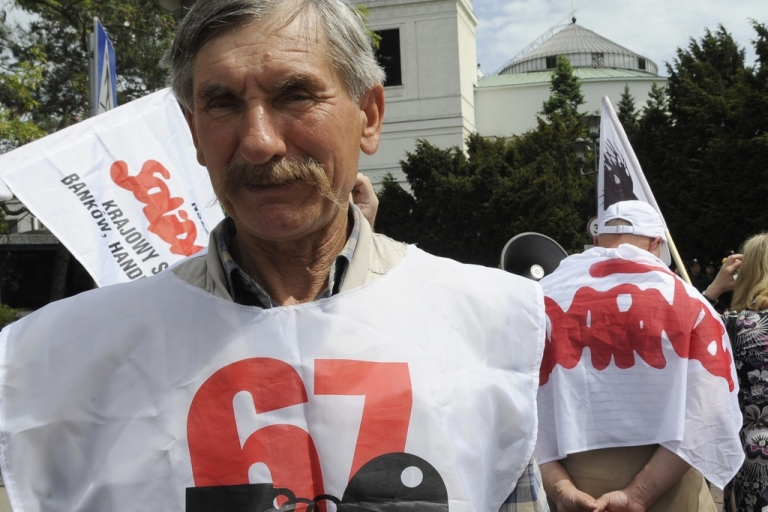 <p>Not everyone is benefiting from the boom. Solidarity members have protested against raising the retirement age and rallied for hiking the minimum wage.</p>