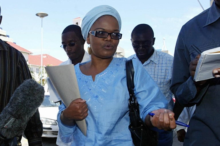 <p>Lawyer Beatrice Mtetwa received the Inamori Prize for Ethics at Case Western Reserve University in Cleveland, Ohio. Here Mtetwa, a lawyer who concentrates on human rights and press freedom, talks to the press outside the High Court in Harare on April 6, 2008.</p>
